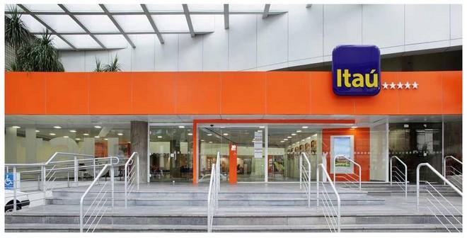 Banco Itaú disponibiliza saques em dólar e euro em seus caixas 24 horas